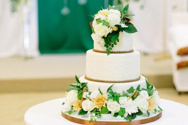 Catering kue pernikahan via freepik ala tim duniamasak.com