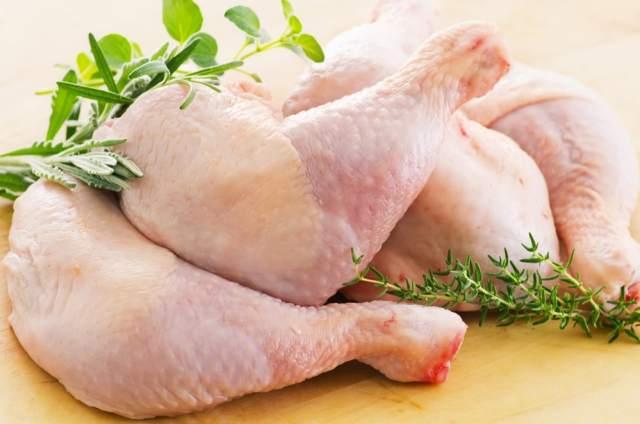Memilih Ayam via hellosehat.com