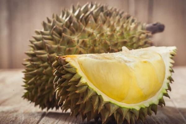 cara memilih durian ala Duniamasak via hallosehat.com