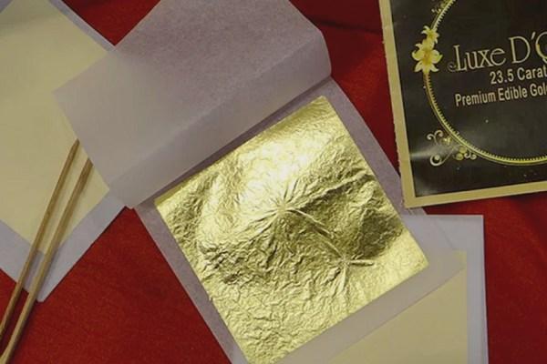 Fakta menarik edible gold leaf emas yang bisa dimakan pengertian via bakingcart.com ala duniamasak