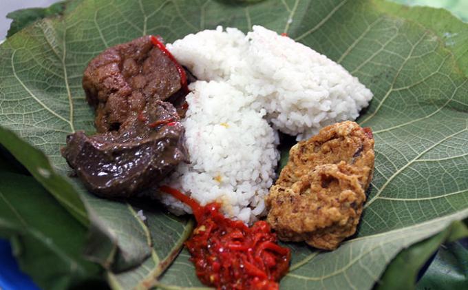 Nasi Jamblang kuliner nusantara  via Tribunnews.com