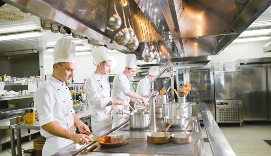 kitchen hierarchy via freepik ala duniamasak