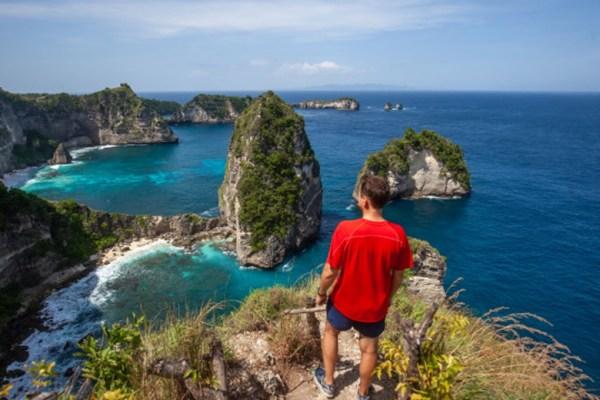 Kota wisata liburan bali indonesia akhir tahun via freepik ala duniamasak