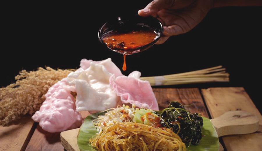 Rekomendasi makanan bumbu petis Jawa Timur via freepik ala duniamasak