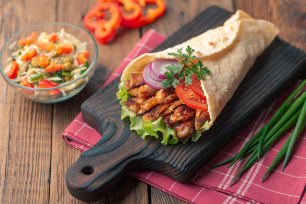 Makanan Turki kebab via freepik ala duniamasak