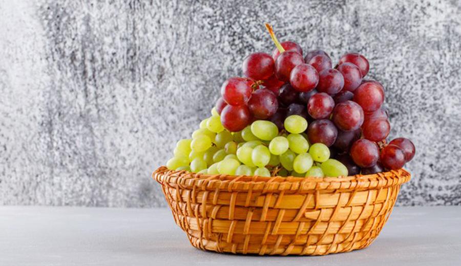 Manfaat khasiat buah anggur via freepik ala duniamasak