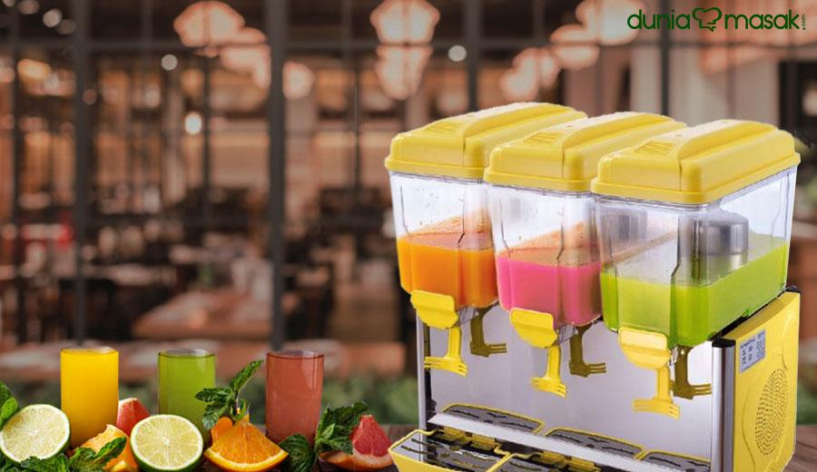Manfaat Juice Dispenser pada Restoran via freepik ala tim duniamasak