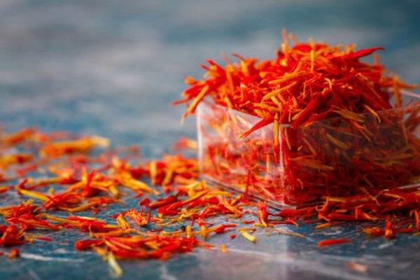 Manfaat saffron via freepik ala tim duniamasak.com