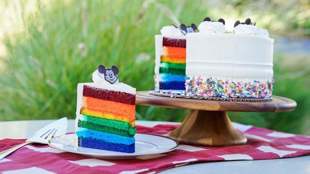 Kreasi kue disneyland