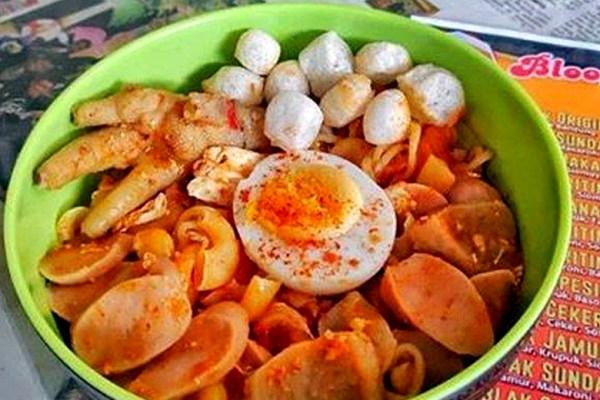 Rekomendasi tempat makan seblak di bandung Jawa Barat via tribunnewswiki.com ala duniamasak