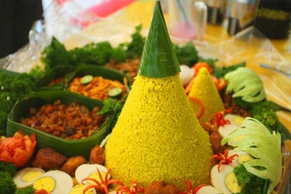 filosofi Nasi tumpeng ala duniamasak via thejakartapost.com