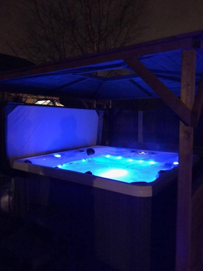 Customer Reviews of Erin Gazebo from Dunster House with hot tube