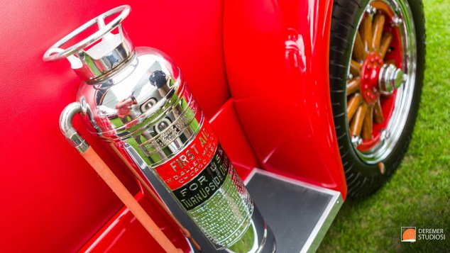 2014 03 Amelia Concours Day 0 - 14B FIre Extinguisher RM Auction