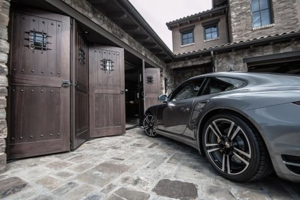 Collins_July-5_Turbo-S_Garage-doors-4