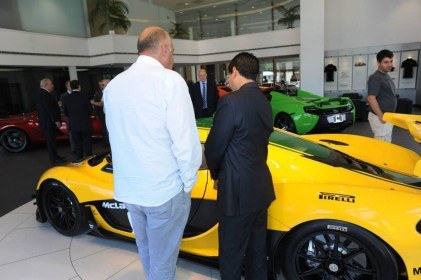 mclaren-p1gtr-thecollection-042315 (16)