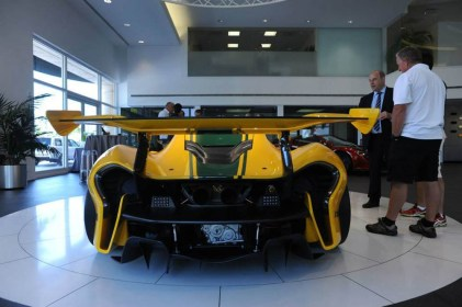 mclaren-p1gtr-thecollection-042315 (2)