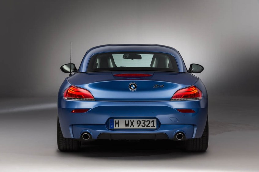 bmw-z4-estorilblue-052915 (12)