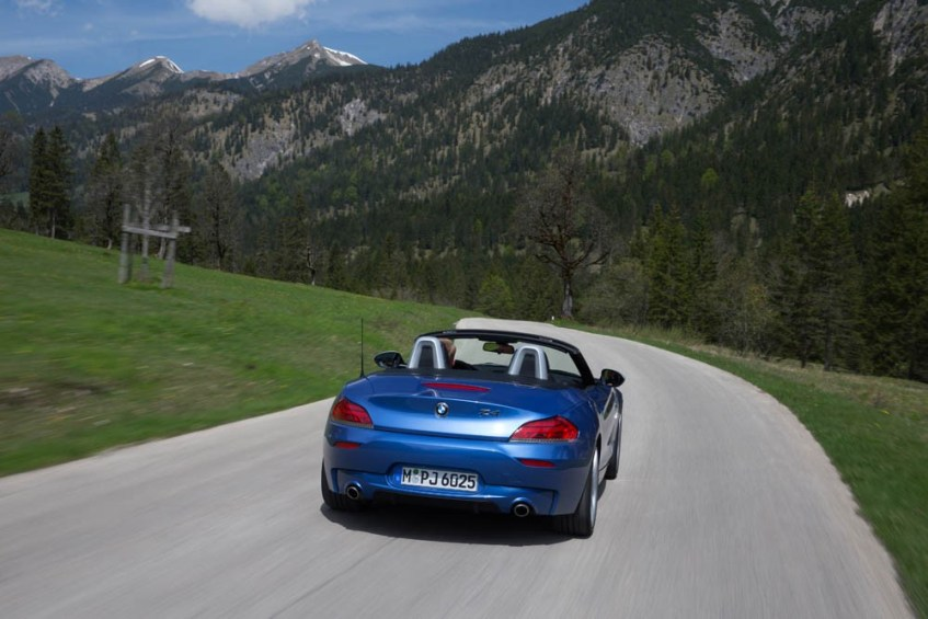 bmw-z4-estorilblue-052915 (53)