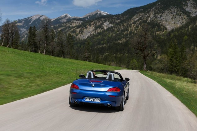 bmw-z4-estorilblue-052915 (54)