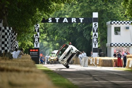 WEST SUSSEX, England (June 26, 2015) – Stuntman Terry Grant has broken his own world record for the fastest mile travelled on two wheels in a four-wheeled vehicle – the sporty incarnation of Nissan's JUKE, the NISMO RS.