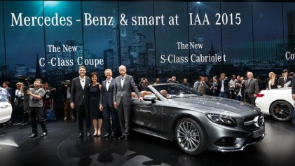 Ola Källenius, Member of the Board of Management of Daimler AG, Mercedes-Benz Cars Marketing & Sales; Dr. Annette Winkler, Head of smart; Thomas Weber, Member of the Daimler Board of Management, Group Research and Mercedes-Benz Cars Development; Dieter Zetsche, Chairman of the Board of Management of Daimler AG and Head of Mercedes-Benz Cars