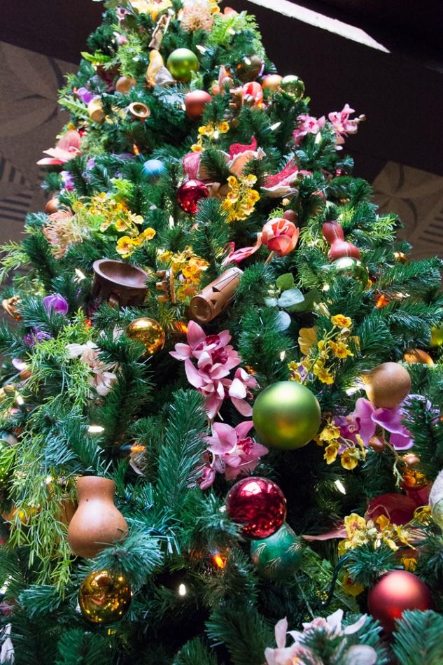 Christmastime at Disney\u0026#39;s Polynesian Resort
