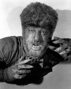 The-Wolf-Man-1941-Lon-Chaney-in-makeup-publicity-still