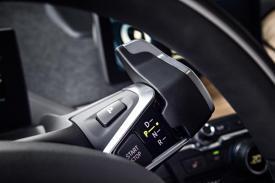 Lenkrad-Hebel - Quelle: BMW Group