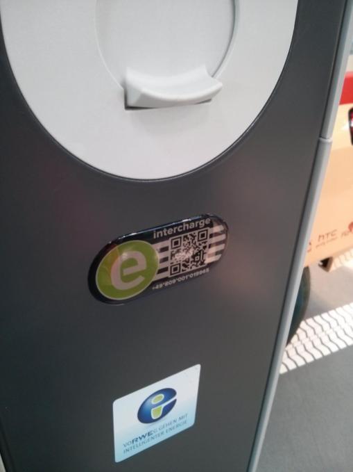 Erkennungszeichen für anbieterübergreifende Ladestationen mittels intercharge Badge