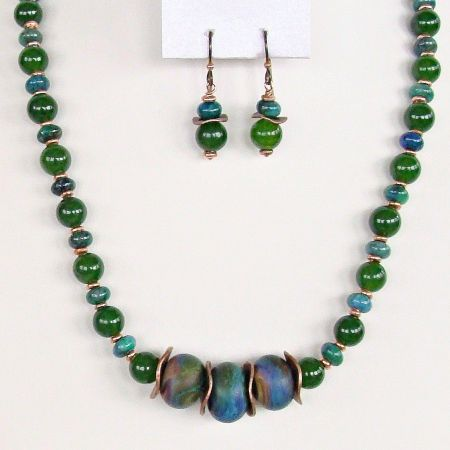 andcrafted lampwork and gemstone necklace