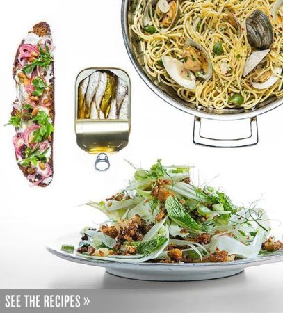 Inline-Feast-of-the-Seven-Fishes-Spaghetti-with-Clams-Fennel-Salad-Sardine-Tartine-Holiday-Menu
