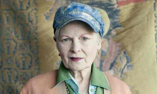 Vivienne Westwood-Photograph-Linda Brownlee for the Guardian