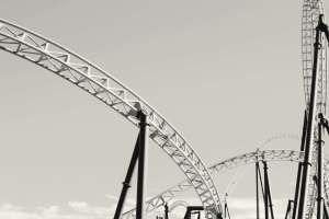 Volatilidade | Foto de parte de uma montanha russa