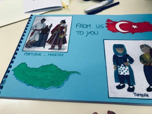 livro enviado aos amigos da Turquia