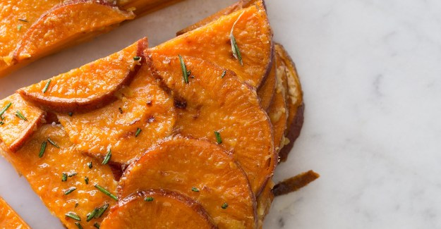 14-1210 sweet-potato-gratin-rosemary slices
