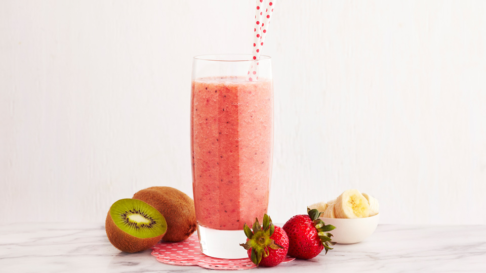 the-loop-kiwi-strawberry-smoothie