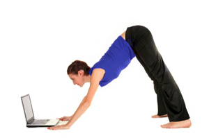 15511011052010024455 - 3 Stretches You Need to Start Doing Now