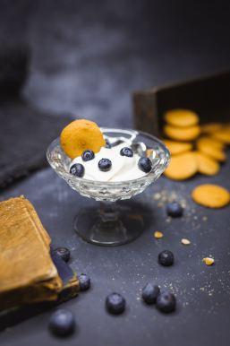 yogurt and cinnamon