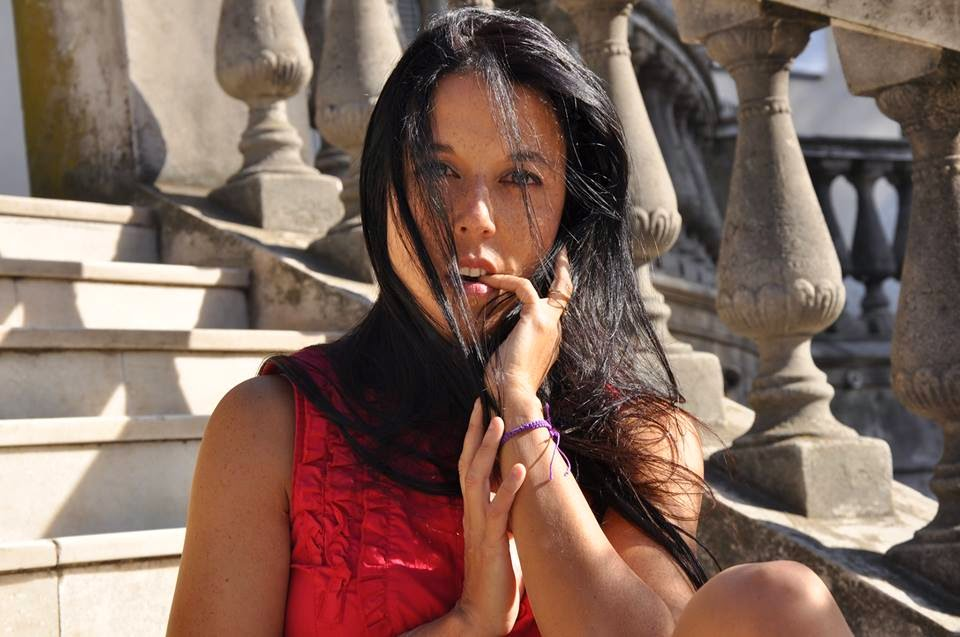 Mariel Ruggeri - autora de novelas románticas eróticas