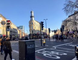 London Walking Tour | Via South Bank to Westminster Abbey
