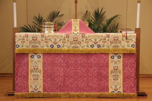 Rose Vestments for Laetare and Gaudete Sunday
