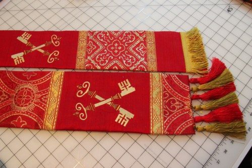 How stoles will look with Fringe end and tassel end