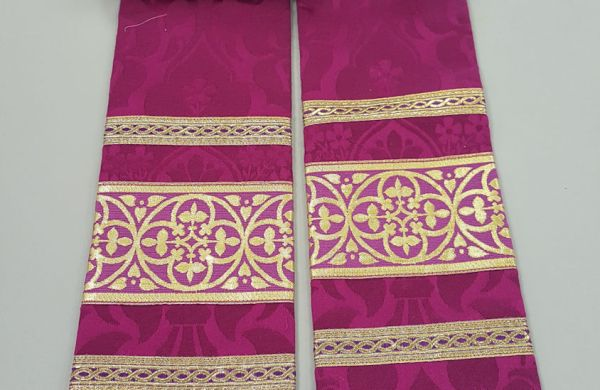 pastor stole liturgical garment vestment deep pink magenta burgundy fuchsia silk brocade embroidery cross needlework pattern floral gold trim