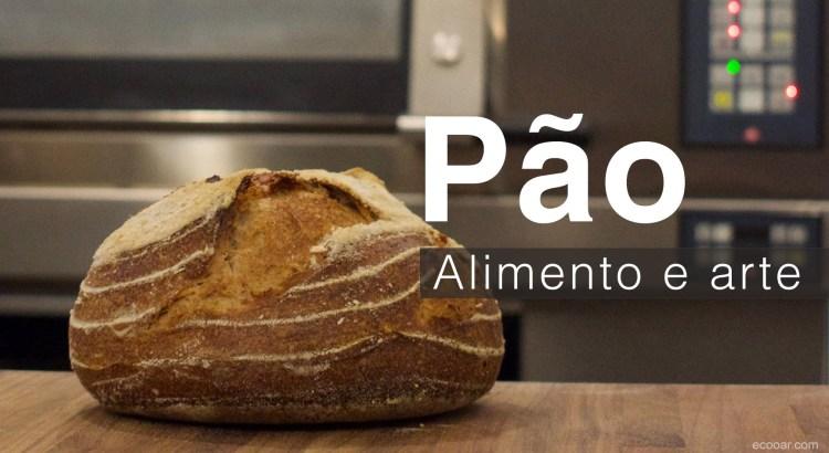 Foto mostra pão em frente ao forno