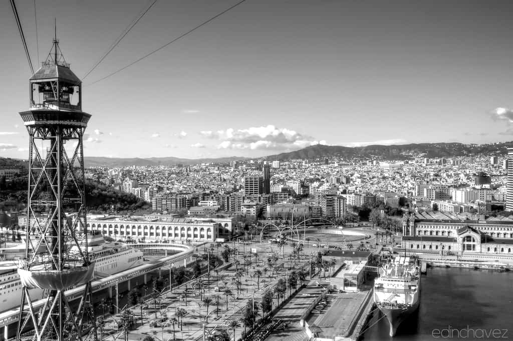 Shot of the day-Barcelona from the top - image  on https://blog.edinchavez.com