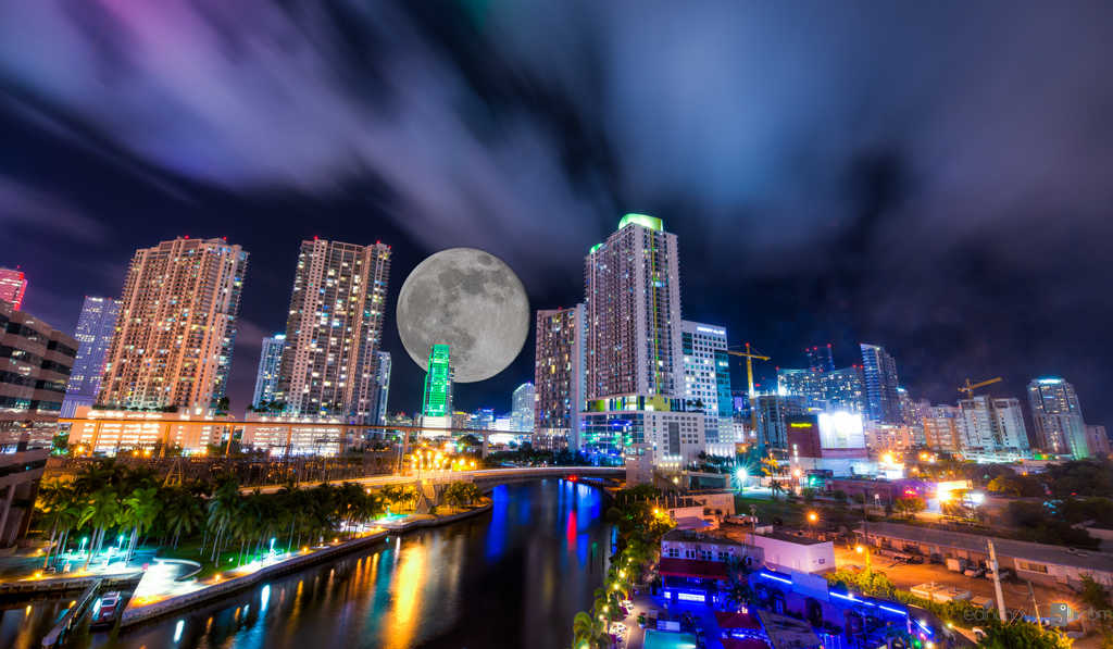 How to add the moon to one of your photos - image  on https://blog.edinchavez.com