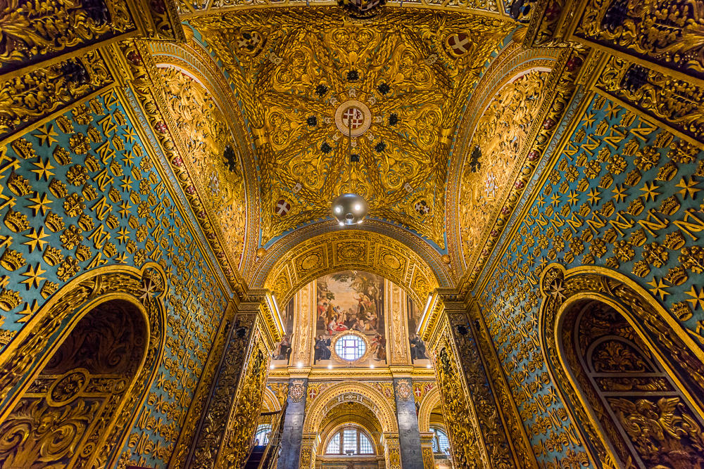 Saint John's Cathedral in Malta Church made out of gold in malta valletta