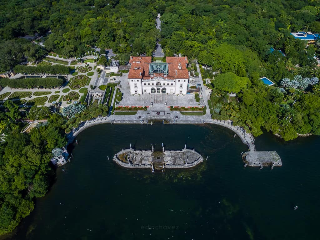 Vizcaya Museum and Gardens - image  on https://blog.edinchavez.com