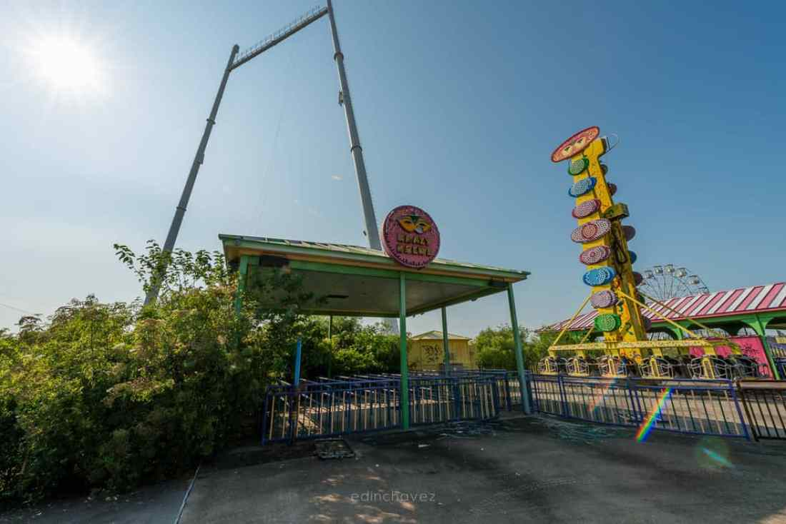 Abandoned Six Flags New Orleans-102