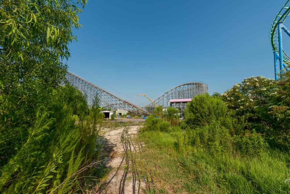 Abandoned Six Flags New Orleans-107